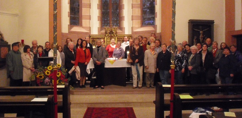 Gruppenbild in der St.-Andreas-Kirche