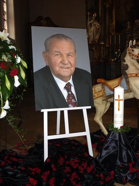Beerdigung von Franz Mack